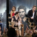 Kristen Stewart, Taylor Lautner, Robert Pattinson, Xavier Samuel, Nikki Reed & Ashley Greene