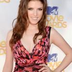 Photos Anna Kendrick Sexy MTV Movie Awards 2010 37